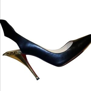 Christian Louboutin pumps 39=size 9